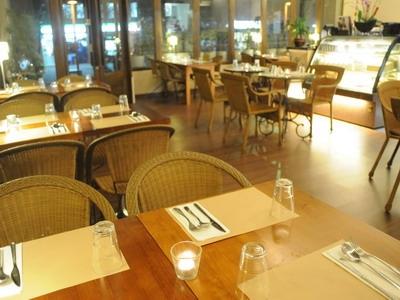 典雅的餐廳