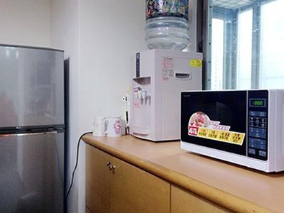 【飲水,微波爐,冰箱】