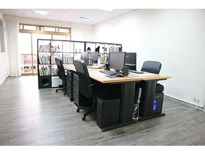 辦公室一角-工作區