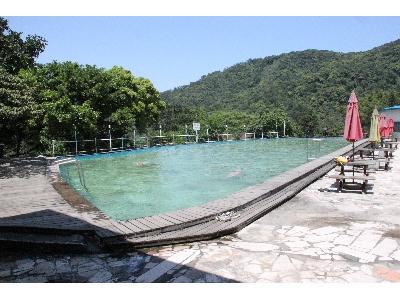 天然山泉水泳池&戲水池