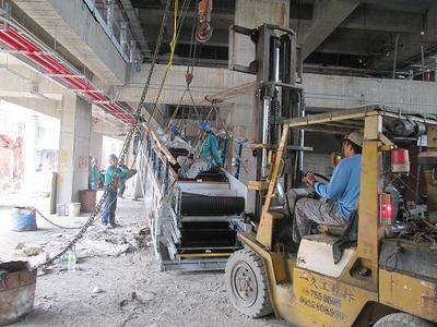 電扶梯搬運作業