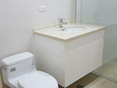 浴室修改舊換新