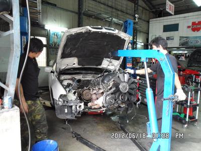 BMW引擎大修