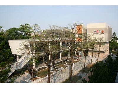 台南市土城高中圖書館