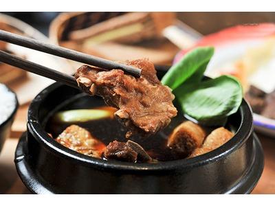 濃郁軟嫩 新加坡肉骨茶