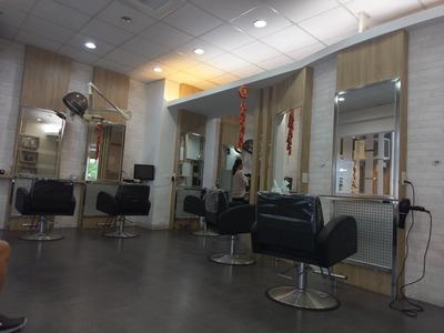 米谷專業髮型設計公司相關照片2