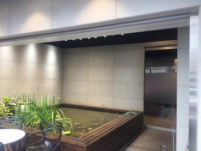 大門-精品魚池