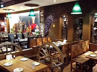 餐廳內部B區用餐環境