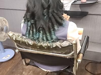 髮鬈美髮店相關照片7