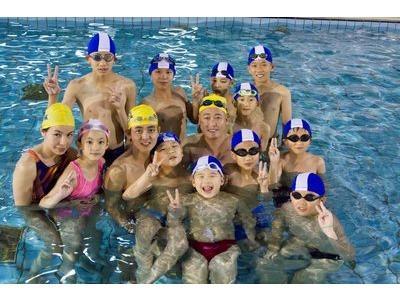 自由游泳池相關照片5