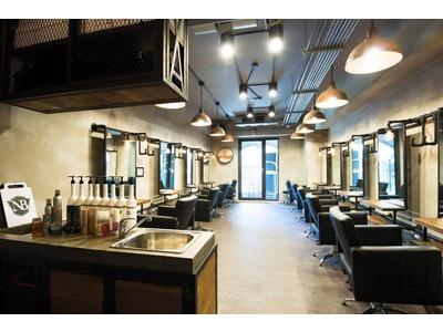 二樓剪髮養護區