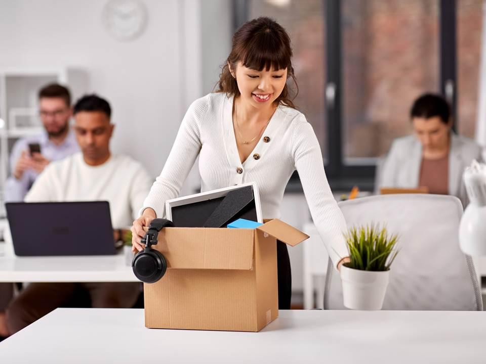同事接連離職該走嗎?衝動跟風前,5個值得你思考的理由