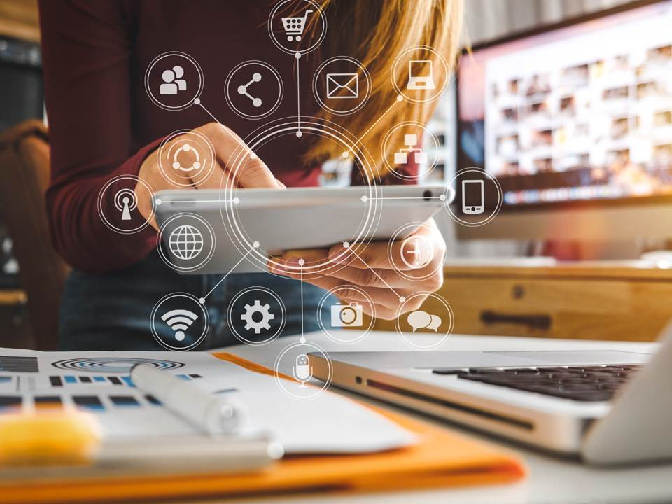 砸錢買了線上系統就算數位轉型?老闆必懂的3個轉型成敗關鍵