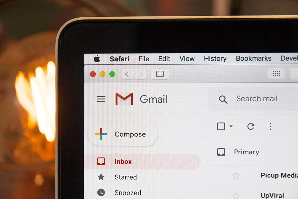 工作email這樣寫,你一輩子都被當作職場小學生