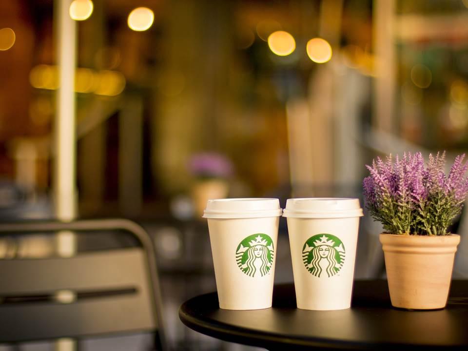 咖啡龍頭也遭逢轉型危機?看星巴克如何靠3王牌重返寶座