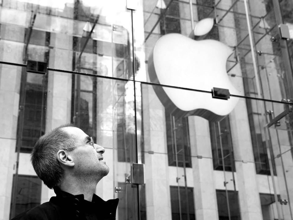 靠AirPods Pro再創高峰!執掌蘋果8年的庫克如願成合格CEO?