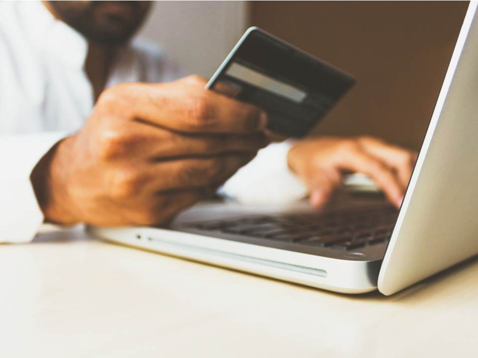 所得稅信用卡回饋誰最高?2020年用這張卡狂賺2.25%回饋金