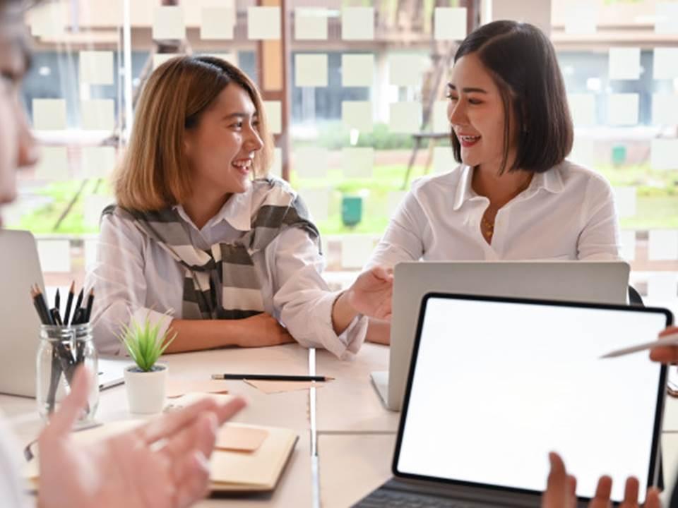 別再誤踩溝通地雷!職場上2種失禮的說話方式快改過來