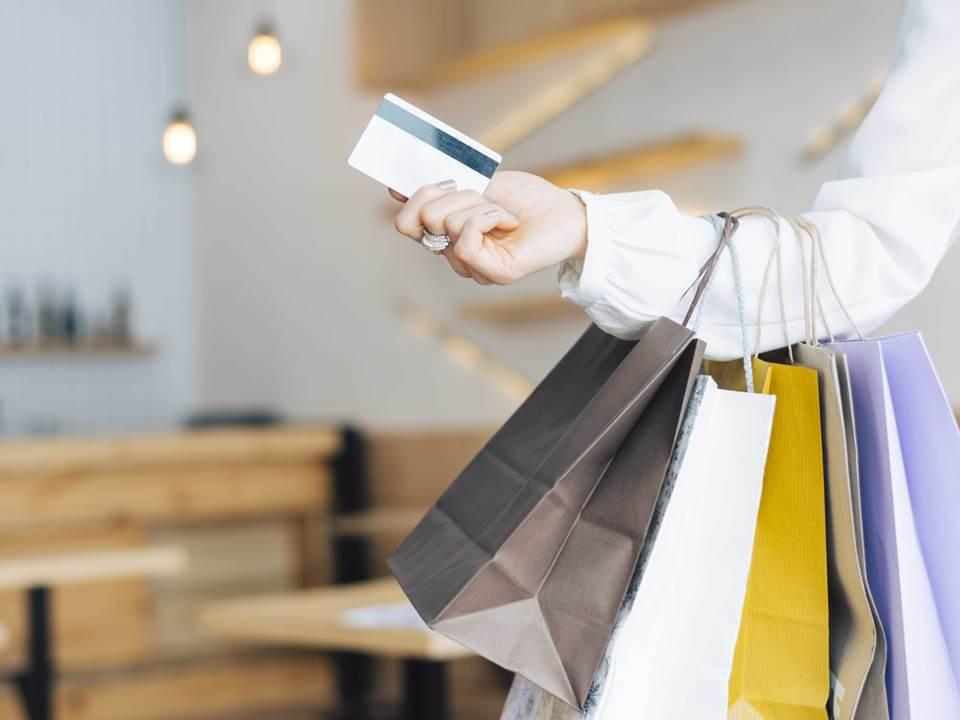 振興券刷哪張卡賺最多?這家銀行直接加碼回饋1,888元