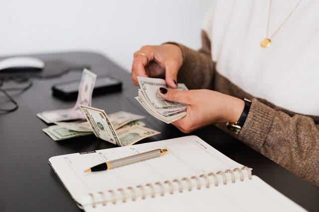 加班費、獎金算工資嗎?拆解4點常混淆的薪資明細