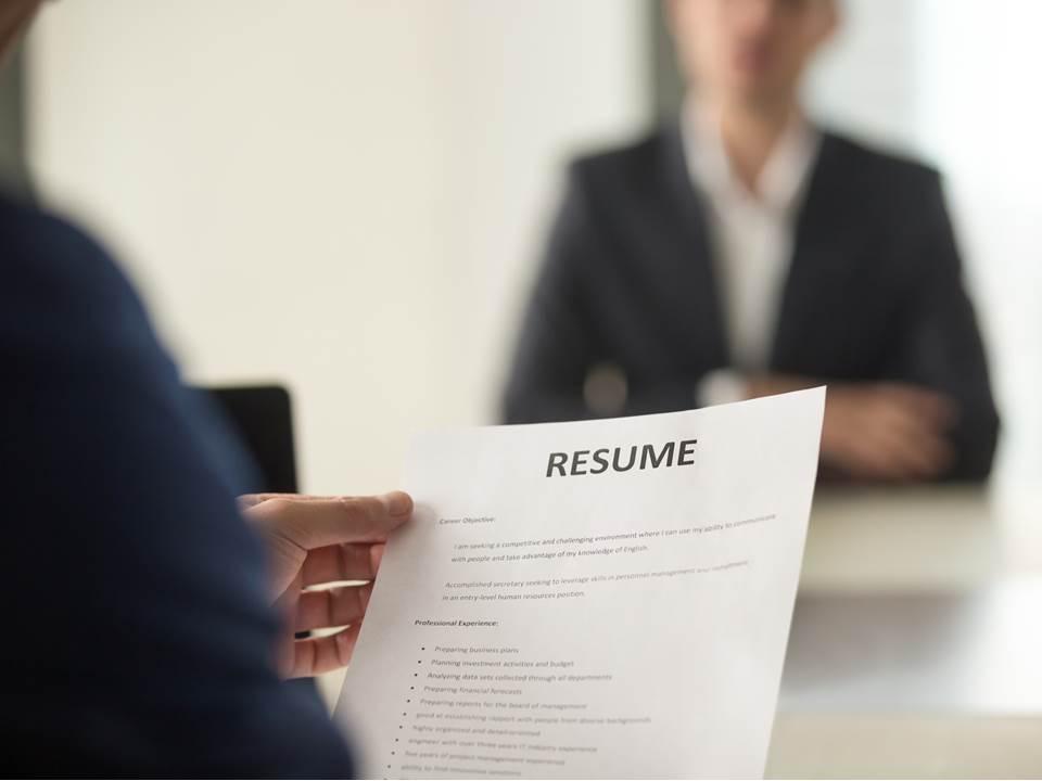 這樣寫履歷會被人資「一眼刷掉」!5個壞履歷地雷你中了幾個?